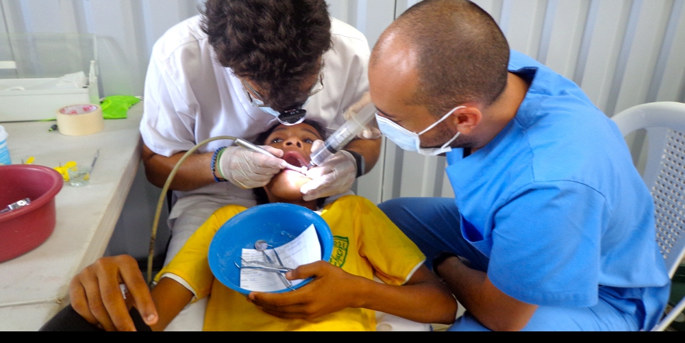 Kevin, a fifth grader from Limón 1, receives dental care that would have otherwise been inaccessible.
